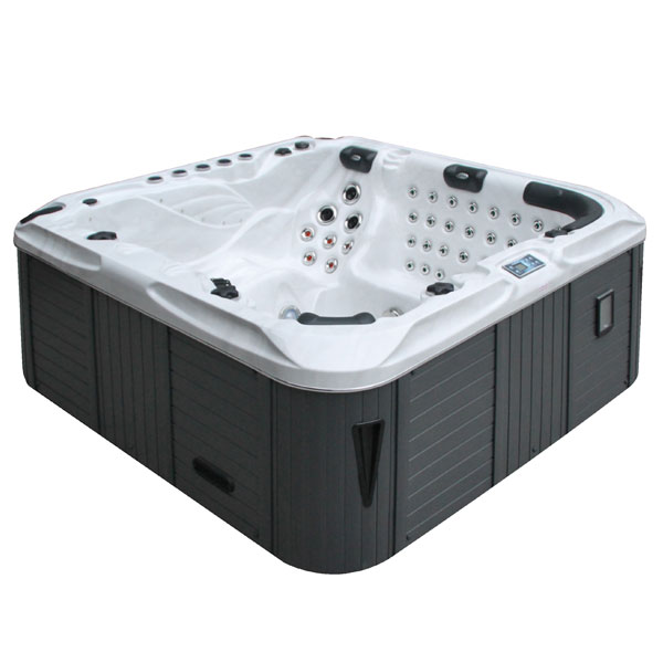 The Felicity Hot Tub